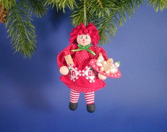Christmas Raggedy Ann Clothespin Ornament