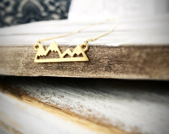 Faith moves Mountains - Pendant Necklace in Silver or Gold