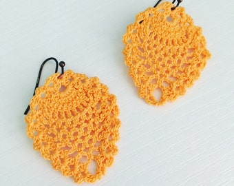 Sheridan Crochet Earrings in Melon, Lace Doily Earrings, Hippie Fashion, Beach Style, Lightweight Earrings, Gift Under 30, Textile Jewelry