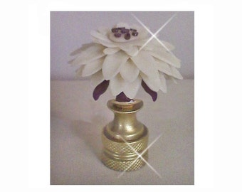 Zinnia Flower Lamp Finial... Handcrafted in custom colors