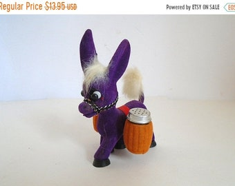 Sale - Vintage 1970's Mexican Flocked Purple Burro Salt & Pepper Shakers - Donkey / Mule