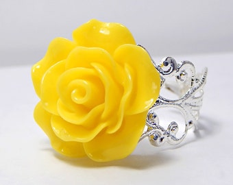 Yellow Rose Ring; Silver Filigree Ring; Rose Jewelry; Statement Ring; Rose Cabochon Ring; Resin Flower Ring; Resin Rose Ring; Yellow Ring