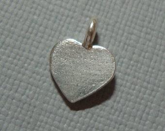 12x9mm - 2  pcs, Fine silver Tiny Heart Charm Pendant