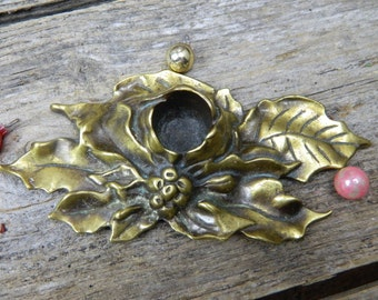 Set of 2 Vintage Poinsettia Cast Metal Candlesticks Candle Holders
