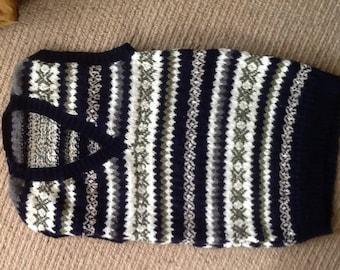 Handknitted,in fine yarn,fairisle tank top Small