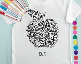Apple Girls Tee Shirt Personalised Colour in Apple Design Doodle Colouring in Art Fabric Pens T-Shirts Fun Activity for Kids