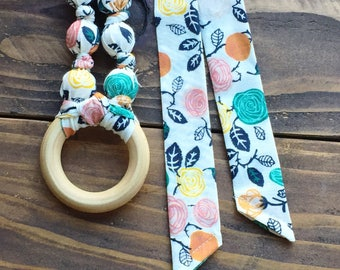 Floral baby shower - Floral teething necklace for mom - Baby gift - Organic teething ring - Bohemian teething ring - Teething necklace