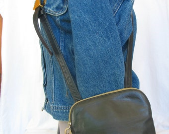AMERICANA by SHARIF Black Glove Soft Leather Cross Body Bag Small Shoulder Bag Vintage 1980's Hipster Pouch in excellent vintage condition.