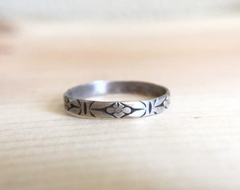 Thin Sterling Pattern Band Ring