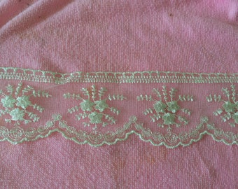 Lace embroidered tulle beige 6 cm approx