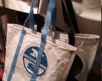 Medium recycled sail tote bag
