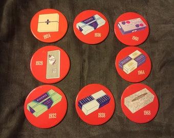 8 Vintage Kleenex Advertising Button Pins . In great condition  . Vintage advertising . Antique advertising