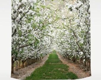Dusche Vorhang - Apfelgarten, Blüten, Blüten, Frühling, Washington - Natur Photograpy von RDelean Designs