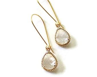 Teardrop earrings Bridesmaid earrings Gold bridesmaid earrings Clear earrings Glass earrings Dangle earrings Bridesmaid gift Bridal earrings