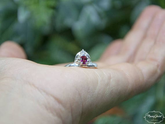 Engagement ring, solitaire, boho ring, precious ring, Moissanite gemstone, Ruby ring, Valentine's ring, ethical ring, engament, certified