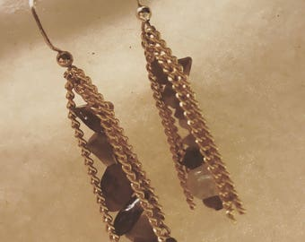 Stone Chip Dangle Earrings
