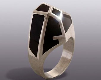 BLACK  QUARTZ  RING.Silver Art
