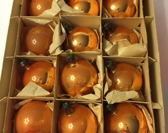 Franke Christmas Tree Ornaments in Box, 12 Gold