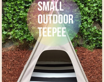 "Outdoor Pet Teepee - Small 24""base for cat or small dog - custom made to order"