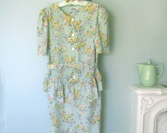 Floral Dress, Summer Dress, Vintage Dress, Green dress, Plus Size Dress, Size 14 Dress,Office Dress, Floral dress, XL Dress,40's Style Dress
