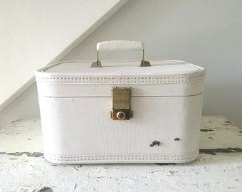 Vintage White Train Case Lady Baltimore