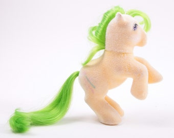 My Little Pony So Soft Magic Star Cute Yellow Body Green Hair, Wand Symbol ~ Pink Room ~  160924 161002A