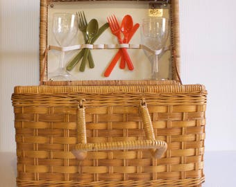 Vintage Wicker Picnic Basket with cups and utensils