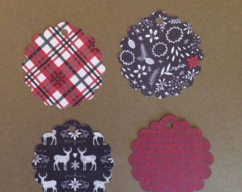 "20 - 2 1/2"" Scalloped Circle   Christmas Gift Tags  T12"