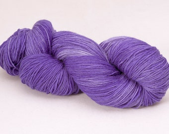 handdyed sockyarn superwash - wool/nylon mixture - fingering weight - colour s 095