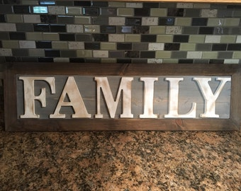 """Rustic """"Family"""" sign"""