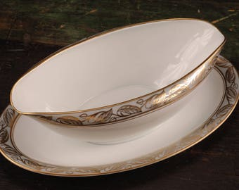 Noritake China, Greta, Gravy Boat with Attached Underplate, Japan