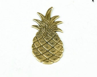 Pineapple Charm with top hole drilled, brass and antiqued, sold by 2 each 03126