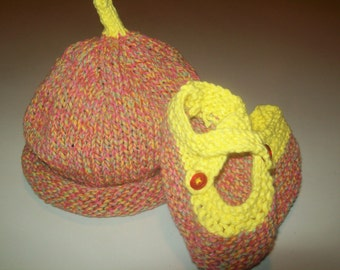 Baby Gift New Mom Gift Yellow and Pink Blue Confetti Baby Hat and Booties Set Gift for Baby Gift for New Mom by hipknitta