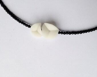 elegant tiny necklace, nO.27 'flower petals between tiny onyx'