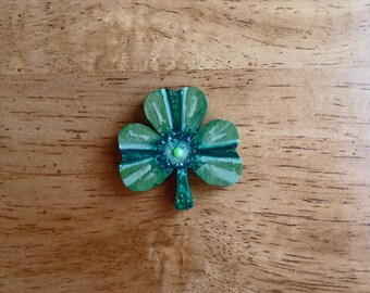 Green clover, Decorative magnet, Irish gift, Good luck gift, Painted magnet, Three leaf clover, Wooden magnet, Housewarming gift,