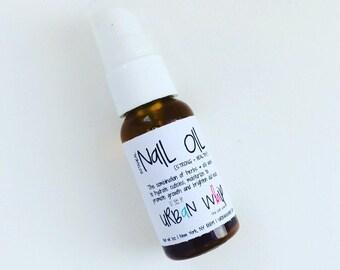 bOTANICAL   nAIL oIL   sTRONG + hEALTHY