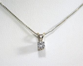 Beautiful Diamond Solitaire Pendant Necklace