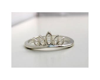 Silver Crown Stack Ring, Size 7 Only, Ready To Ship, Free Domestic Shipping