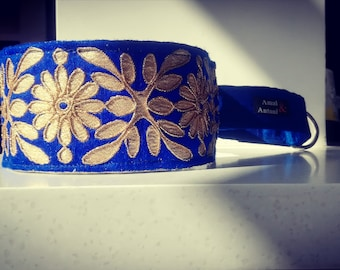 Collar made of cobalt silk adjustable length