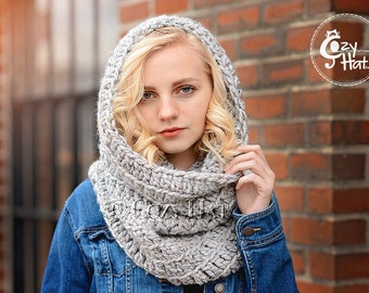 Hooded Cowl / Hooded Scarf / Crochet Cowl / Snood Hood / Chunky Cowl / Custom Color // Sasha //