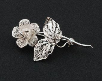 Thea Rose - Silver Filigree Brooch