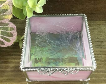 """Pink and White Marbled Stained Glass Keepsake Box, 3 x 3"""""""