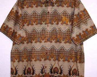 Men's Vintage Batik Shirt M / L Cotton Button Down Short Sleeve Boho Hippie