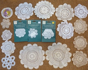 18 Vintage Crochet Doilies Shabby Chic Home Decor Lot (#1128)