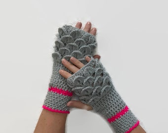SALE The 'Mother of Dragons' Fingerless Gloves