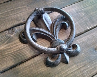 Towel Hook | Fleur de Lis Hook | Bathroom Hook | Cast Iron Hook | Shabby Chic Decor | Bathroom Decor
