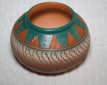 Vintage Navajo Etched Pottery By Artist Marjorie Joe