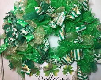 Front door wreath, Welcome Wreath - St Patricks Day Wreath, Green Deco Mesh, Handmade luck of the irish