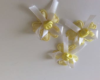 Flower in yellow to customize or decorating etc.