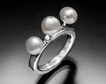 Pearl cocktail ring Jane Jetson space age sterling silver